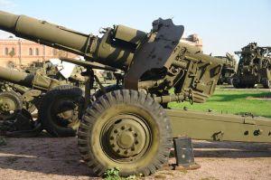 800px-152-мм_пушка-гаубица_Д-20_(2)